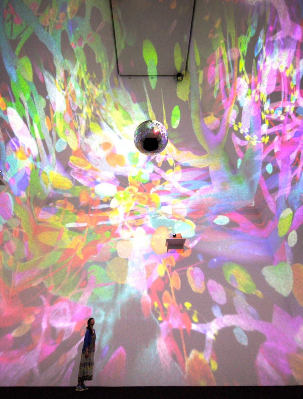 &laquo;sora&raquo; 2013, Animation, Mirrorball, Contemporary Art Gallery, Art Tower Mito, Ibaraki